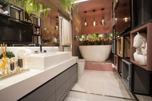 Banheiro das Crianças - Rikelly Wolter - CC PR 18 - Baixa (1)
