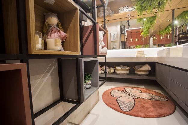 Banheiro das Crianças - Rikelly Wolter - CC PR 18 - Baixa (9)